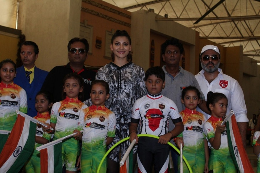 Urvashi Rautela,actress Urvashi Rautela,Urvashi Rautela at Roller Skating and Hoola Hoop event,Roller Skating and Hoola Hoop event,Roller Skating and Hoola Hoop,Bollywood actress Urvashi Rautela,Urvashi Rautela pics,Urvashi Rautela images,Urvashi Rautela