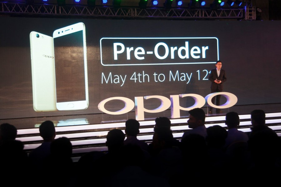 Oppo,Oppo mobiles,Oppo launches F3 smartphone,F3 smartphone,F3 mobiles,F3 smartphone in India,Flipkart exclusive