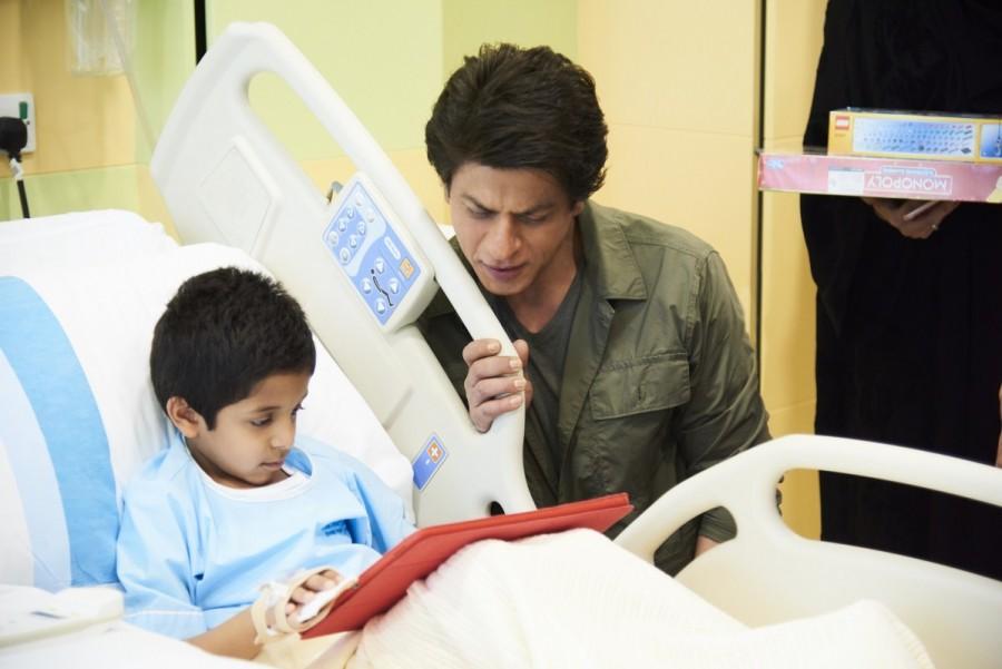 Shah Rukh Khan,Shahrukh Khan,SRK,Shah Rukh Khan visits Al Jalila Children,Shah Rukh Khan in Dubai,SRK in Dubai,Dubai Tourism