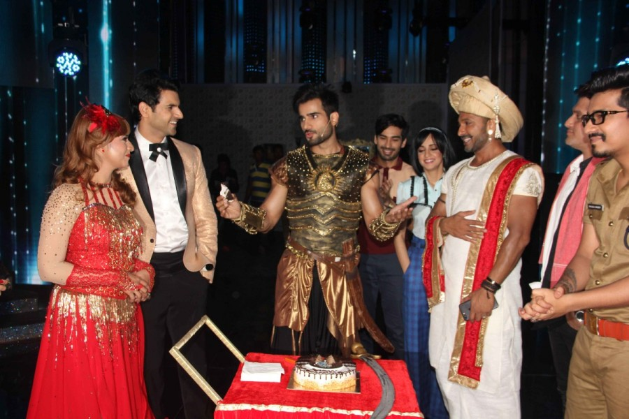 Karan Tacker,Television actor Karan Tacker,Karan Tacker birthday,Karan Tacker birthday celebration,Nach Baliye Season 8,Karan Tacker celebrates his birthday