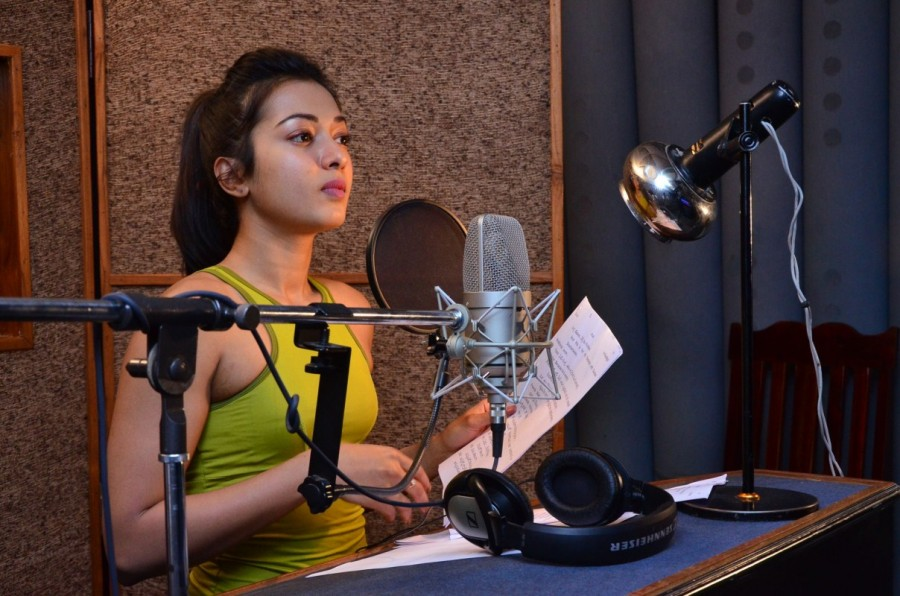 Catherine Tresa,actress Catherine Tresa,Catherine Tresa  dubbing,Gautham Nanda,Gautham Nanda dubbing,Catherine Tresa hot pics,Catherine Tresa hot images,Catherine Tresa hot stills,Catherine Tresa hot pictures