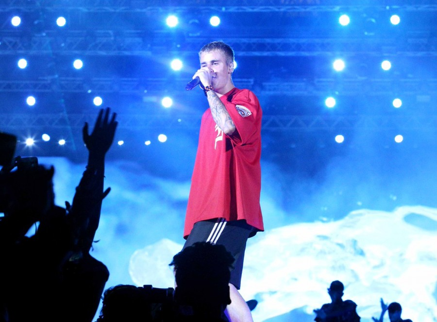 Justin Bieber concert,Justin Bieber performs,Justin Bieber performs Purpose World Tour,Purpose World Tour,Justin Bieber performs in Mumbai,justin bieber india tour,Justin Bieber india,Justin Bieber pics,Justin Bieber images,Justin Bieber stills,Justin Bie