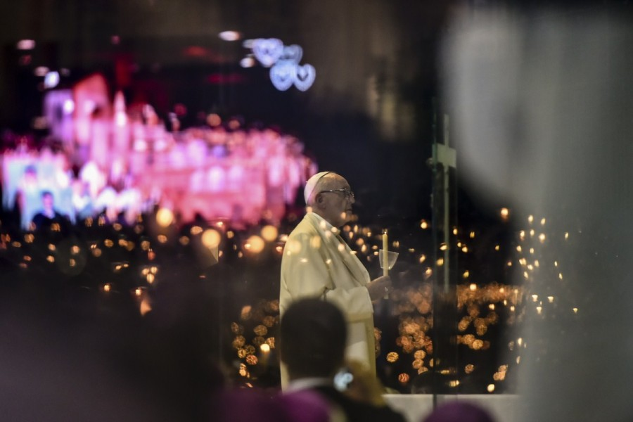 Pope,Pope Francis,Pope Francis visits Portugal's Shrine of Fatima,Shrine of Fatima,Madonna,Our Lady of Fatima,Lady of Fatima