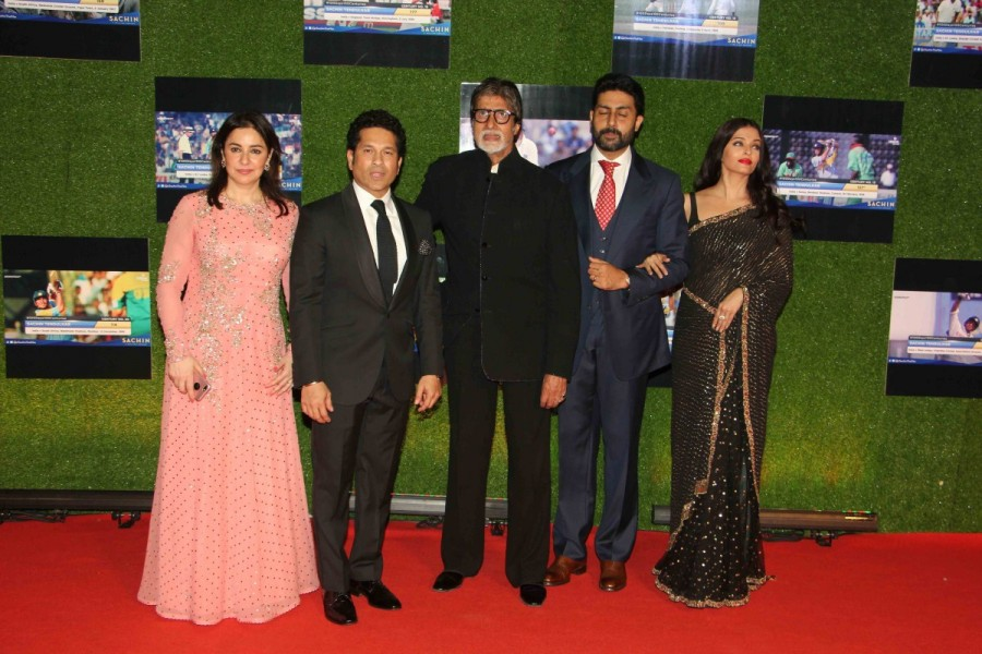 Amitabh Bachchan,Abhishek Bachchan,Aishwarya Rai,Aishwarya Rai Bachchan,Sachin: A Billion Dreams,Sachin: A Billion Dreams premiere show,Sachin: A Billion Dreams premiere show pics,Sachin: A Billion Dreams premiere show images,Sachin: A Billion Dreams prem