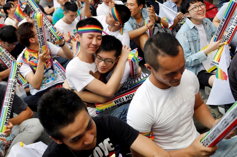 Same-sex marriage,same-sex,Taiwan same-sex marriage,Taiwan legalizes same-sex marriage,legally marry,same-sex couples