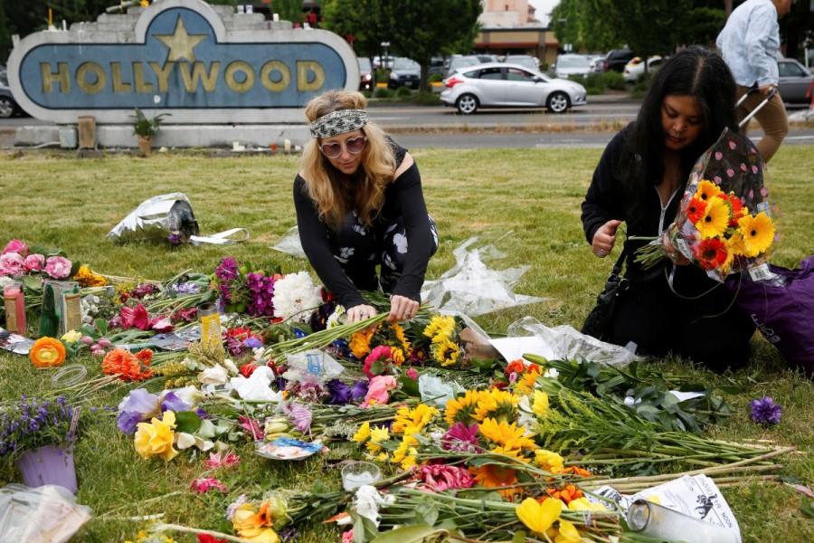 Oregon,Portland train stabbing victims,Portland train stabbing,Memorial for Portland train stabbing victims,Portland