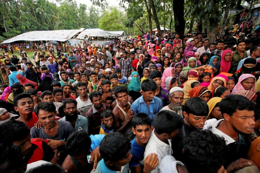Rohingya refugee camp,Rohingya refugee,cyclone,cyclone in Bangladesh,Rohingya refugees
