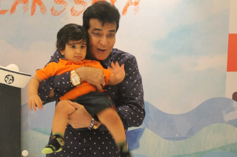 Tusshar Kapoor,Tusshar Kapoor son,Tusshar Kapoor son birthday,Tusshar Kapoor son birthday pics,Tusshar Kapoor son birthday images,Tusshar Kapoor son birthday stills,Tusshar Kapoor son birthday pictures,Tusshar Kapoor son birthday photos