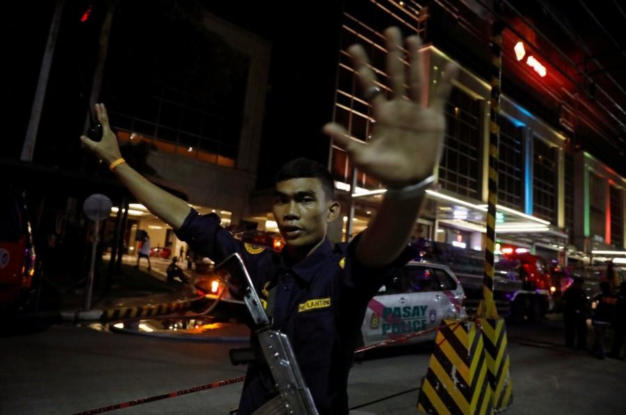 Gun shots,explosions in Manila,Manila,Explosions in Manila,gunshots in Manila,gunshots at resort,gunshots at resort in Manila