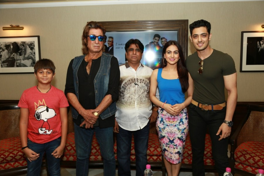Shakti Kapoor,Aksha Pardasany,Kashyap Barbhaya,Love U Family,Love U Family movie promotion,Love U Family promotion,Love U Family promotion pics,Love U Family promotion images,Love U Family promotion stills,Love U Family promotion pictures,Love U Family pr