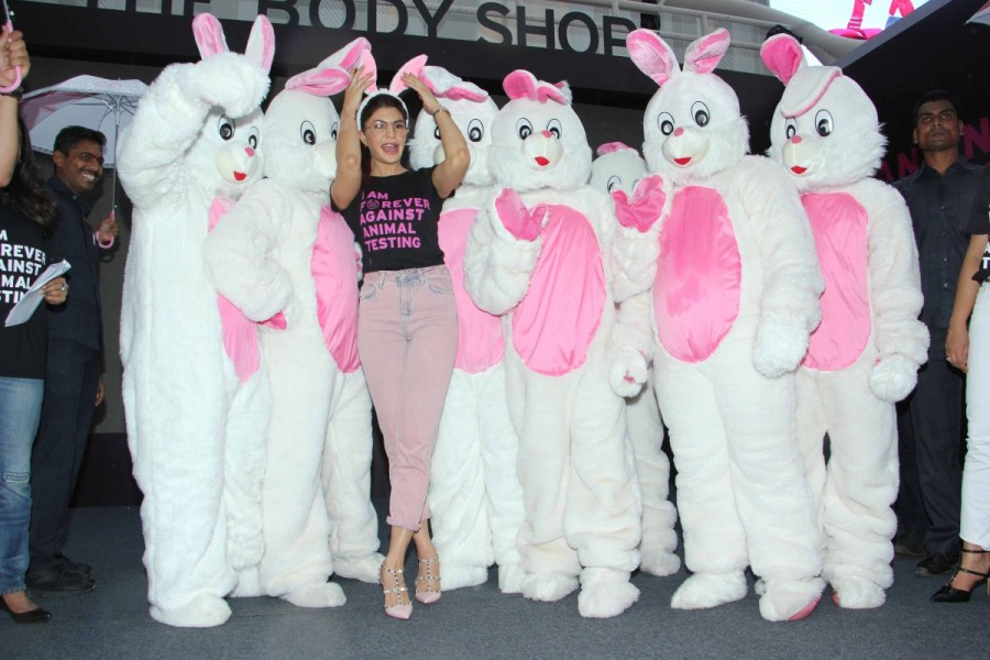 Jacqueline Fernandez,actress Jacqueline Fernandez,Jacqueline Fernandez launches FAAT Campaign,FAAT Campaign,Fight Against Animal Testing,Fight Against Animal Testing Campaign