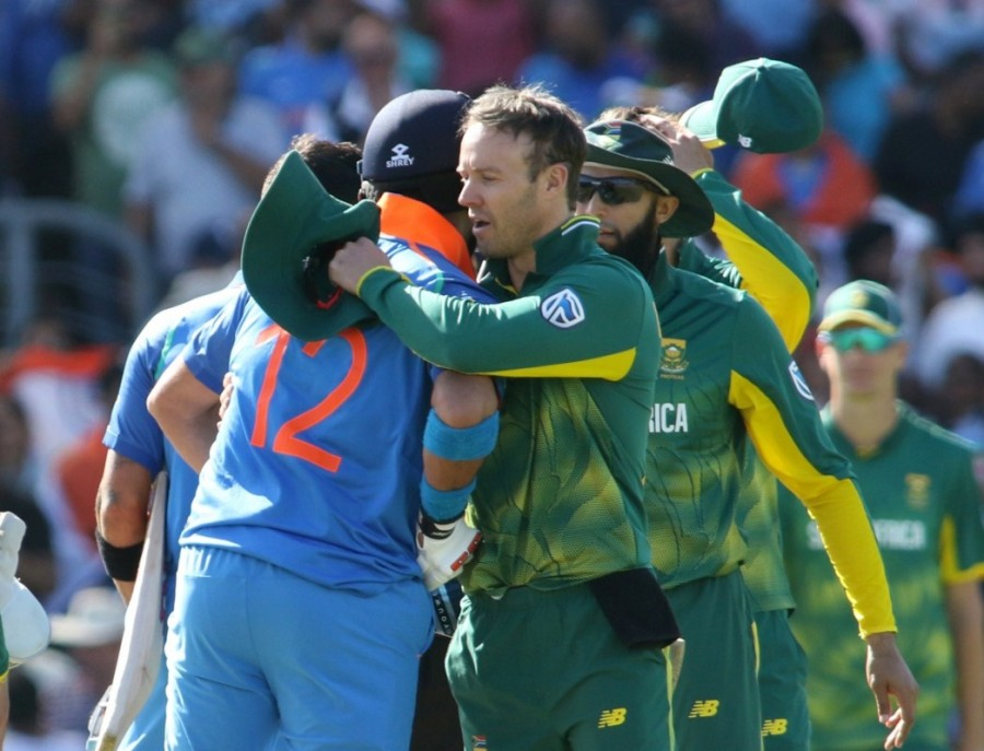 ICC Champions Trophy,India overwhelm South Africa,India beats South Africa,India beat South Africa,India trash South Africa,India enter semi-final,india vs bangladesh