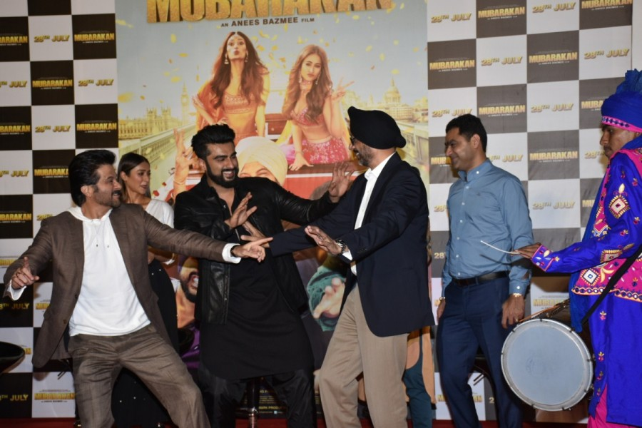 Anil Kapoor,Arjun Kapoor,Ileana D'cruz,Athiya Shetty,Mubarakan,Mubarakan trailer,Mubarakan trailer launch,Mubarakan trailer launch pics,Mubarakan trailer launch images,Mubarakan trailer launch stills,Mubarakan trailer launch pictures