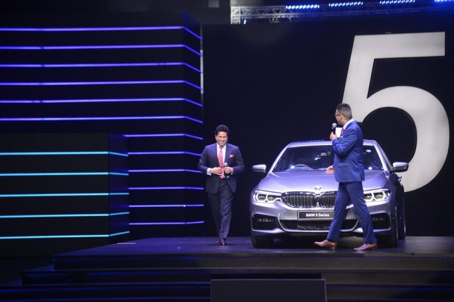Sachin Tendulkar,BMW 5 Series,BMW 5,BMW 5 Series launch,BMW 5 Series launch pics,BMW 5 Series launch images,BMW 5 Series launch stills,BMW 5 Series launch pictures