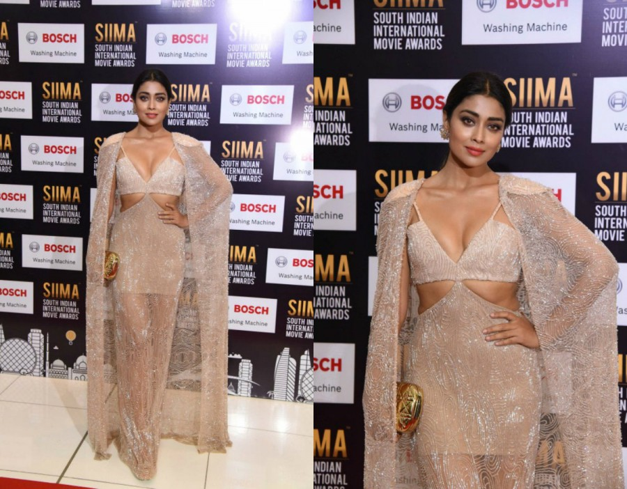 Shriya Saran,actress Shriya Saran,Shriya Saran  at SIIMA Awards,Shriya Saran at SIIMA Awards 2017,SIIMA Awards 2017,SIIMA Awards,Shriya Saran curves,Shriya Saran curves pics,Shriya Saran curves images,Shriya Saran curves stills,Shriya Saran curves picture