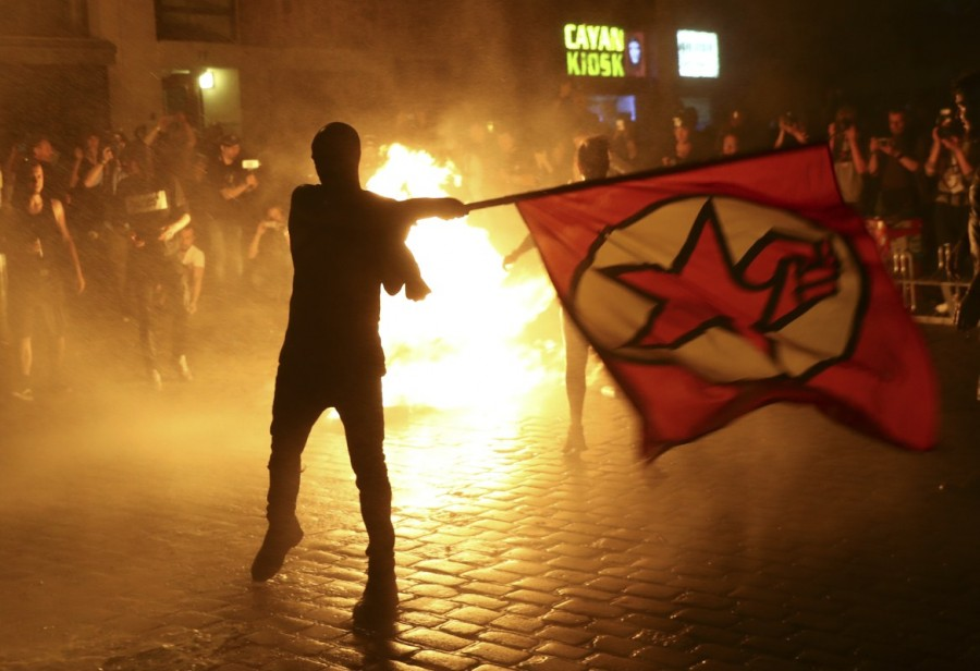 G20 protests,G20,G20 protests Germany,clash in Germany,G20 summit