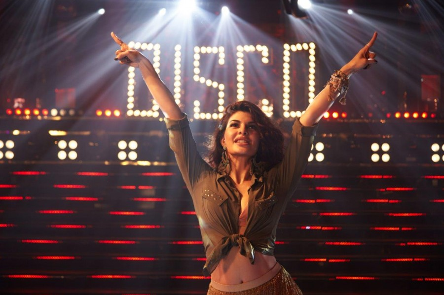Jacqueline Fernandez,hot Jacqueline Fernandez,Disco Disco,Disco Disco song,A Gentleman,A Gentleman movie,A Gentleman movie songs