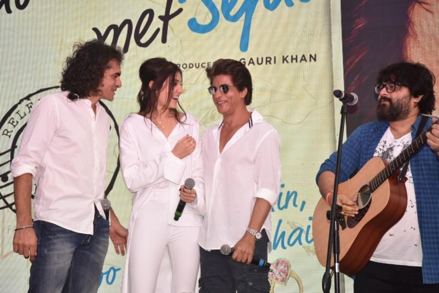 Hawayein,Hawayein song,Jab Harry Met Sejal,Jab Harry Met Sejal song,Shah Rukh Khan,Anushka Sharma