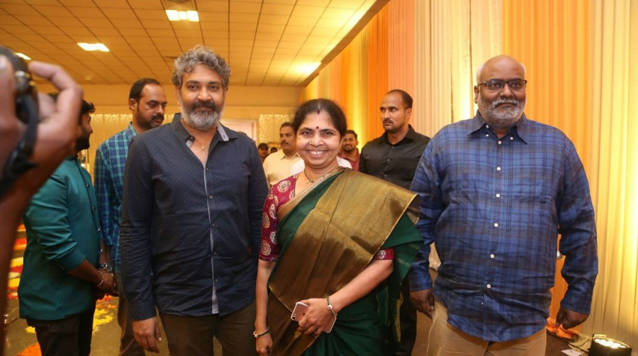 SS Rajamouli,director SS Rajamouli,SS Rajamouli spotted at Shyam Prasad Reddy daughter Maithri wedding,Shyam Prasad Reddy daughter Maithri wedding