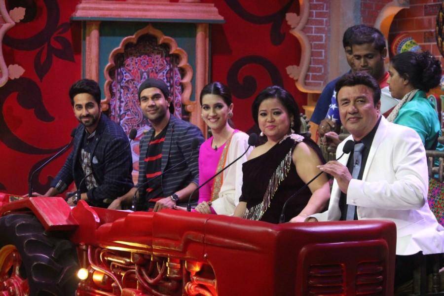 Ayushmann Khurrana and Kriti Sanon,Ayushmann Khurrana,Kriti Sanon,Comedy Danga,Bareilly Ki Barfi,Bareilly Ki Barfi promotion,Bareilly Ki Barfi movie promotion,Rajkummar Rao