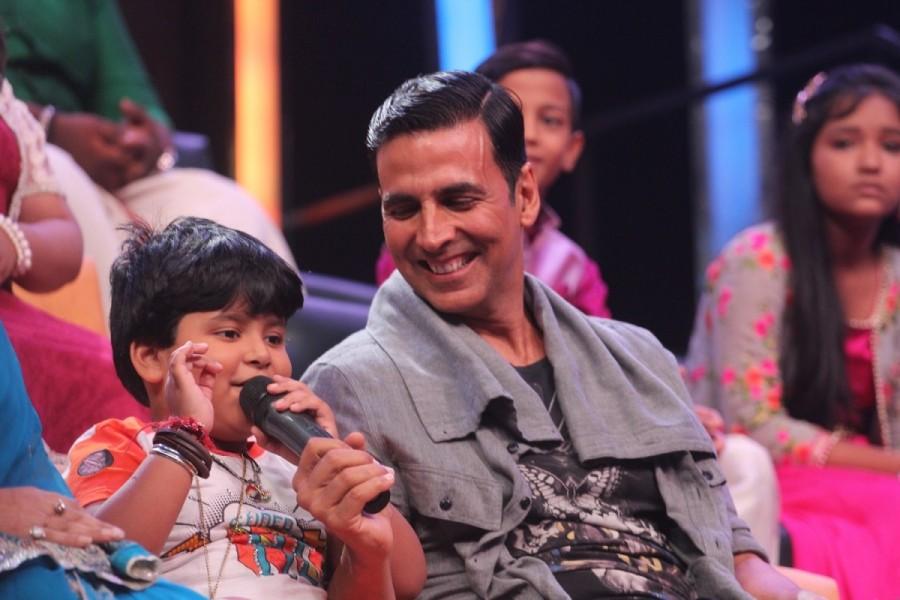 Akshay Kumar,actor Akshay Kumar,Toilet: Ek Prem Katha,Toilet: Ek Prem Katha promotion,Toilet: Ek Prem Katha movie promotion,Sa Re Ga Ma Pa,Sa Re Ga Ma Pa Little Champs
