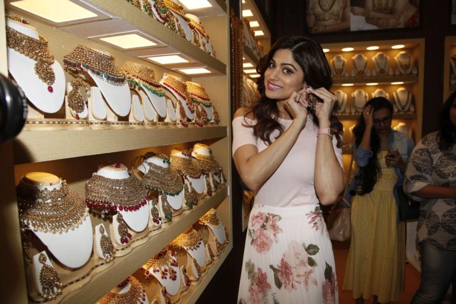 Shamita Shetty,actress Shamita Shetty,11th Edition of IIFJAS,IIFJAS,Fashion & Imitation Jewellery