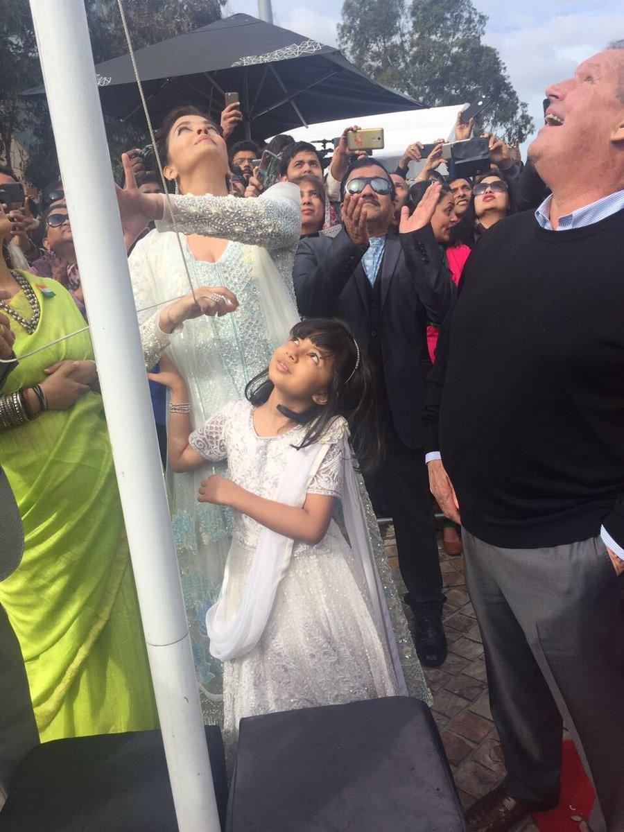 Aishwarya Rai Bachchan,Aishwarya Rai and Aaradhya Bachchan,Aishwarya Rai,Aaradhya Bachchan,IFFM 2017,IFFM