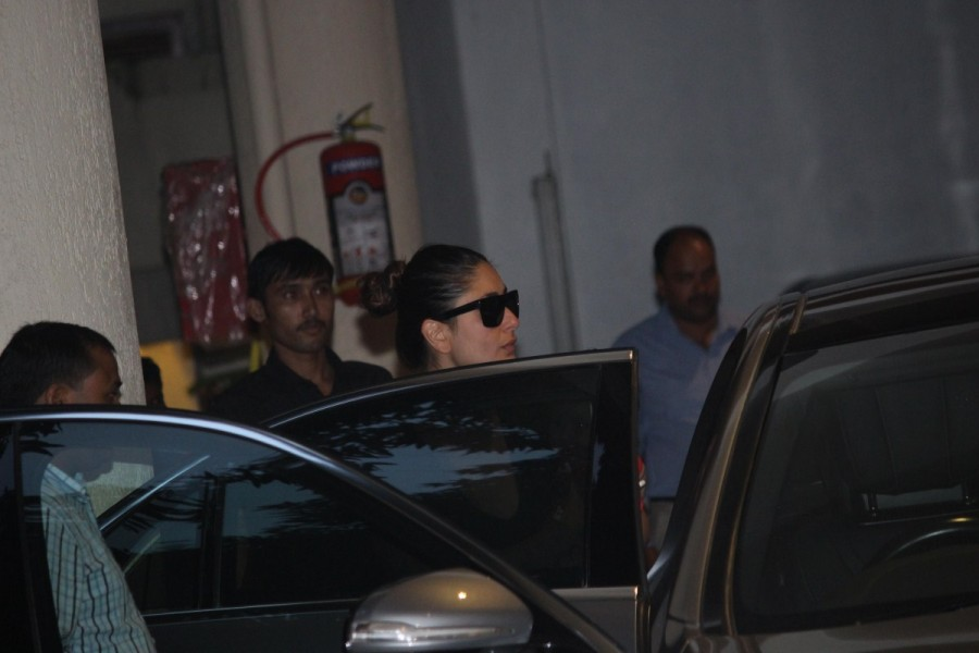 Kareena Kapoor,Kareena Kapoor Khan,Kareena Kapoor with Son,Kareena Kapoor with Son Taimur,Taimur Ali Khan,Taimur at Babita's House