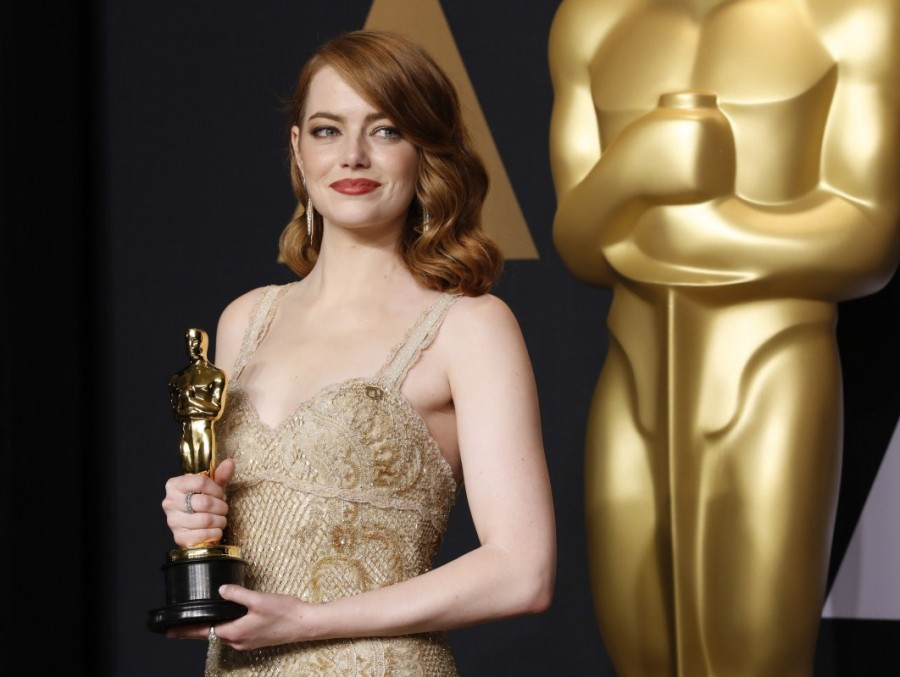 Emma Stone,Jennifer Aniston,Jennifer Lawrence,Melissa McCarthy,Mila Kunis,Emma Watson,Charlize Theron,Cate Blanchett,Amy Adams,Julia Roberts,World's highest-paid actresses 2017,World's highest-paid actresses
