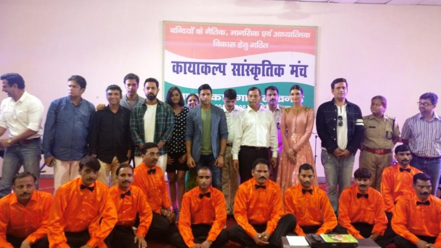 Lucknow Central,Lucknow Central team,Team Lucknow Central,Farhan Akhtar,Diana Penty,Ravi Kishan,Ronit Roy,Deepak Dobriyal,Rajesh Sharma,Inaam-ul-Haq
