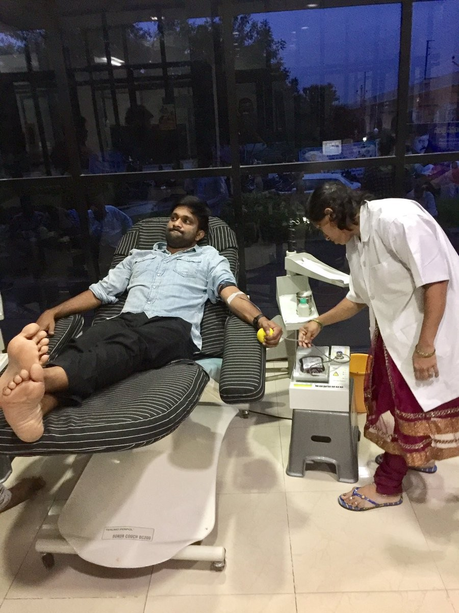 Chiranjeevi,Megastar Chiranjeevi,superstar Chiranjeevi,Chiranjeevi Blood donation camp,Blood donation camp