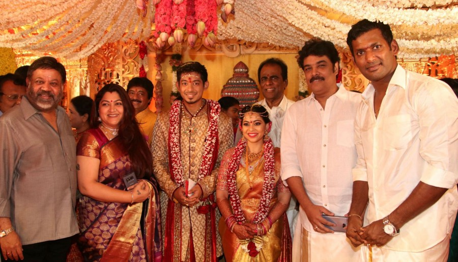 Karthi,P Vasu,Kushboo,Sundar C,Vishal sister Aishwarya,Vishal sister Aishwarya wedding,Aishwarya wedding,Aishwarya wedding pics,Aishwarya wedding images,Aishwarya wedding stills,Aishwarya wedding pictures