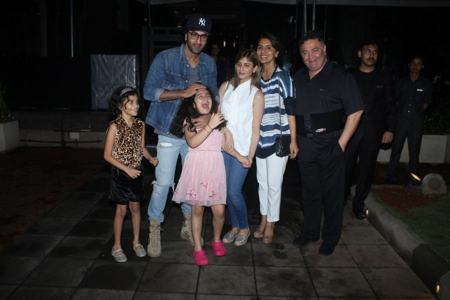 Ranbir Kapoor,actor Ranbir Kapoor,Ranbir Kapoor and niece Samara,Samara,Ranbir Kapoor family dinner