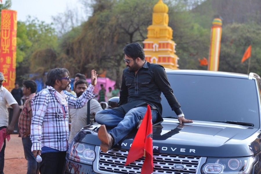 Jr NTR,Jai Lava Kusa,Jai Lava Kusa working stills,Jai Lava Kusa working pics,Jai Lava Kusa working images,Jai Lava Kusa working pictures,Jai Lava Kusa working photos