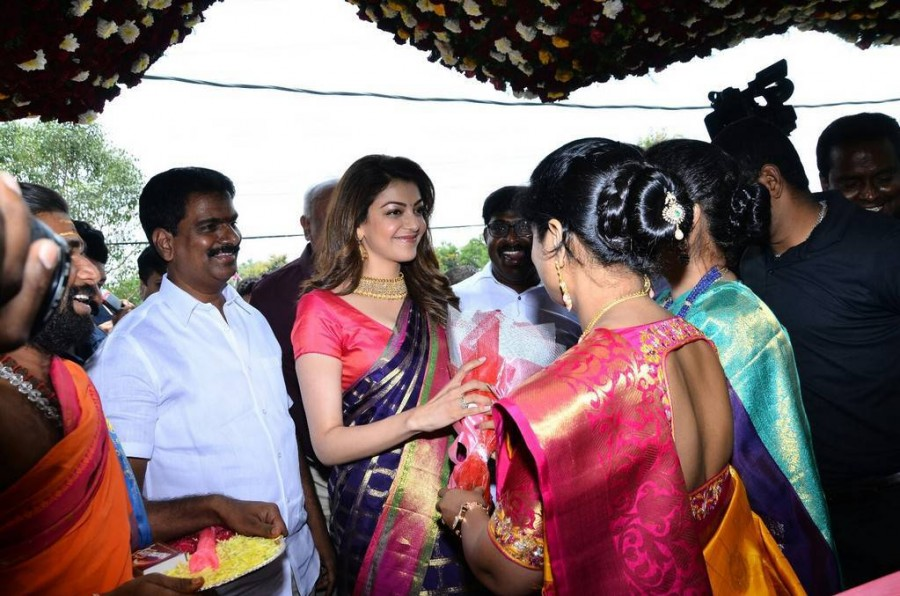 Kajal Aggarwal,actress Kajal Aggarwal,Kajal Aggarwal launches Chennai Shopping Mall,Chennai Shopping Mall,Chennai Shopping Mall at Ameerpet,Kajal Aggarwal at Ameerpet