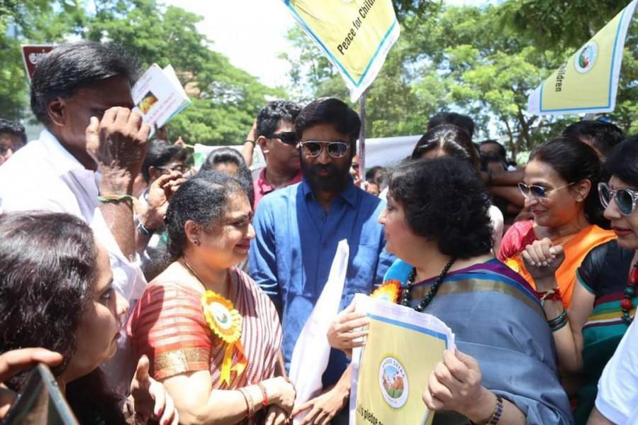 Dhanush and Latha Rajinikanth,Dhanush,Latha Rajinikanth,Save Children protest,Dhanush at Save Children protest,Save Children protest in Chennai