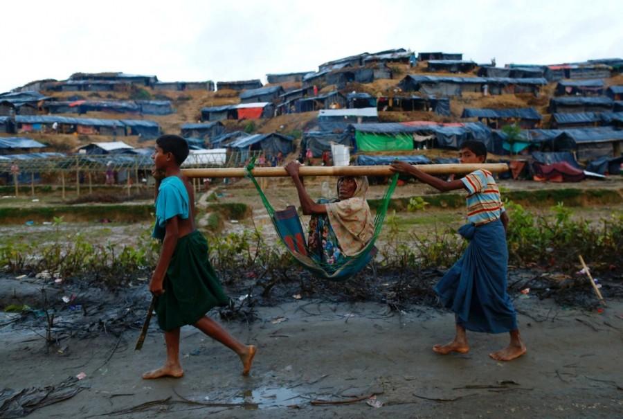 Myanmar,Myanmar violence,Muslim Rohingya,Rohingya flee Myanmar violence