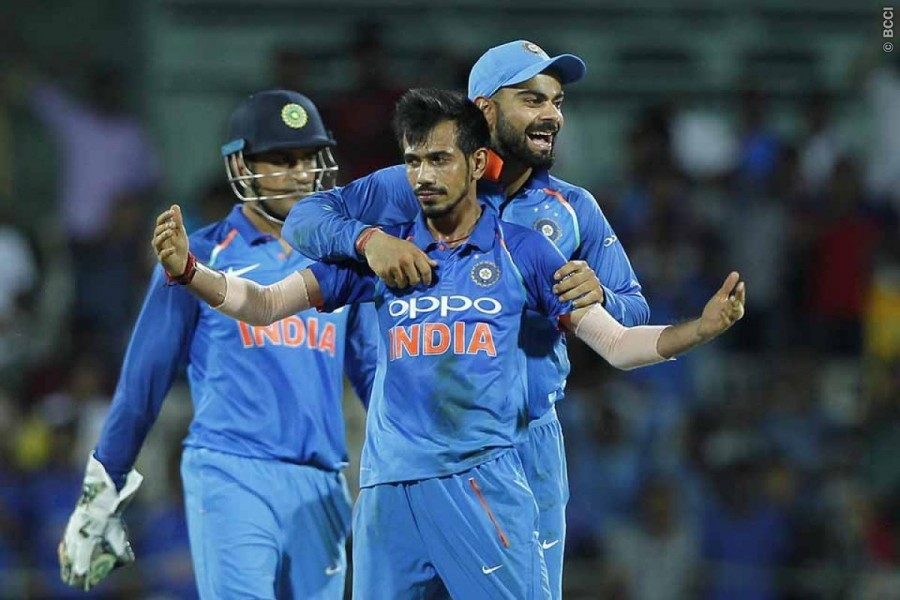 MS Dhoni,Hardik Pandya,India vs Australia 1st ODI,India vs Australia,india vs australia 2017,Duckworth-Lewis method,India beats Australia