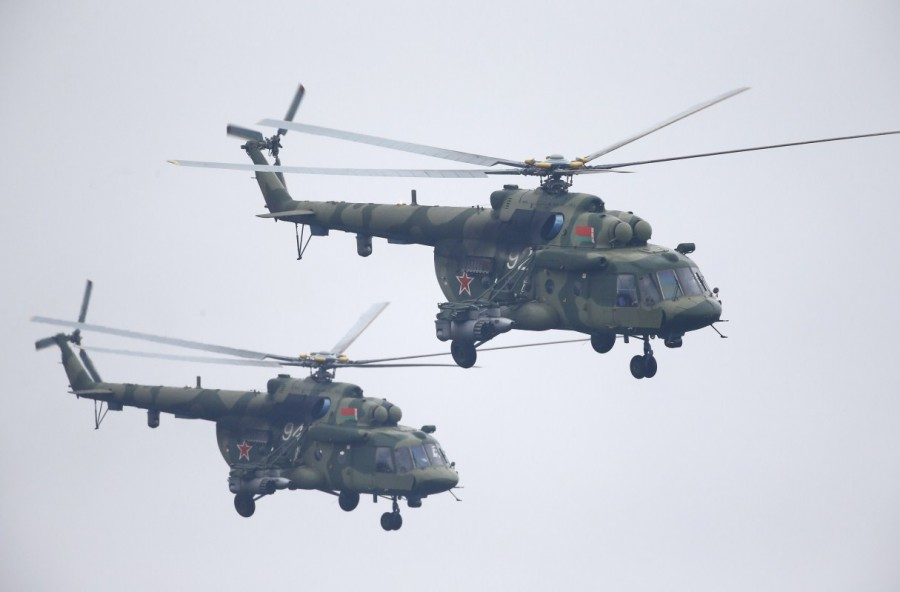 Russian war games,Russian war,Russia's biggest war games,Russian war games rattle West,Mi-8 helicopter,Vladimir Putin