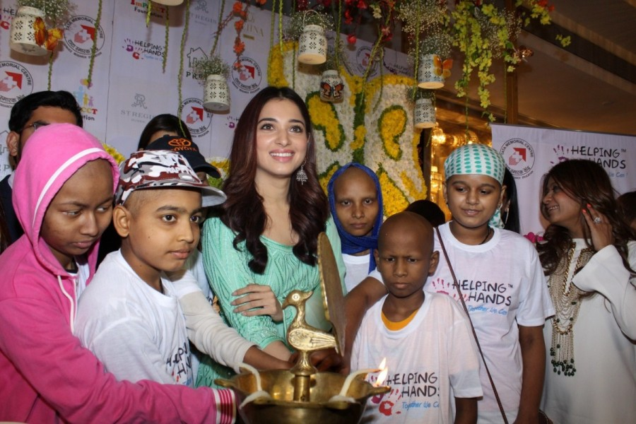 Tamannaah Bhatia,Tamannaah,actress Tamannaah Bhatia,Tamannaah Bhatia meets Cancer Kids,Tamannaah Bhatia meets Cancer children,Tamannaah meets Cancer children