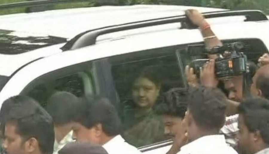 Sasikala,Sasikala leaves from Bengaluru Central Jail,Sasikala leaves Bengaluru Central Jail,Sasikala leaves Central Jail,Sasikala parole
