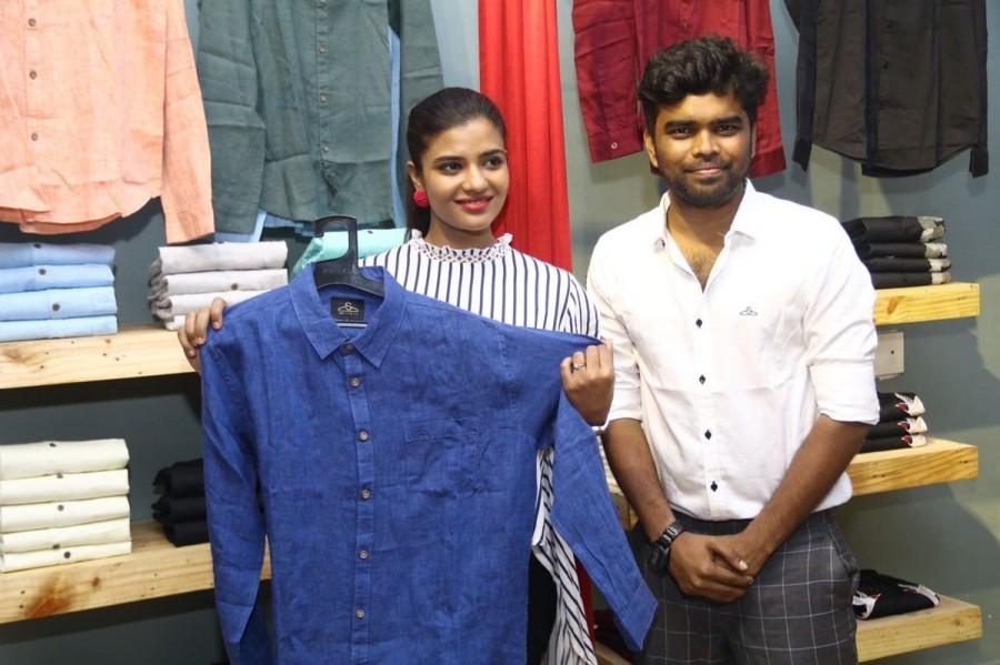 Aishwarya Rajesh,Aishwarya Rajesh  cambric collections,cambric collections,Sathya NJ fashion house,Sathya NJ