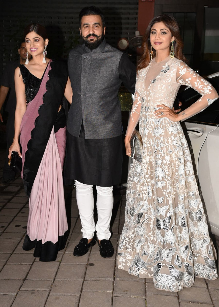 Karan Johar,Shilpa Shetty,Kabir Khan,Riteish Deshmukh,Arpita Khan's Diwali party,Arpita Khan Diwali party,Celebs at Arpita Khan Diwali party