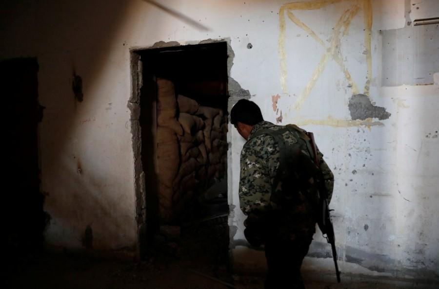 Islamic State bunker,Islamic State,Raqqa,Syrian Democratic Forces,Syrian Democratic Forces (SDF),Islamic State militants
