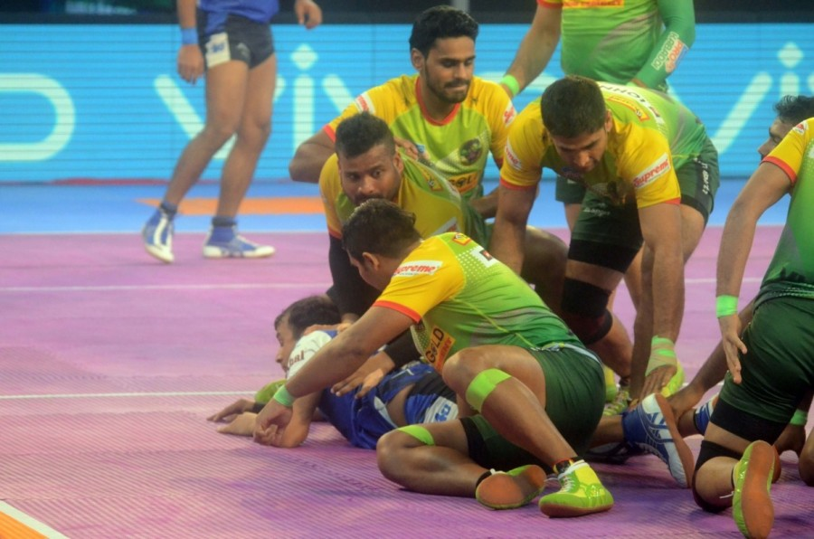 Patna Pirates Outclass Haryana Steelers,Patna Pirates beats Haryana Steelers,Patna Pirates,Haryana Steelers,Pardeep Narwal