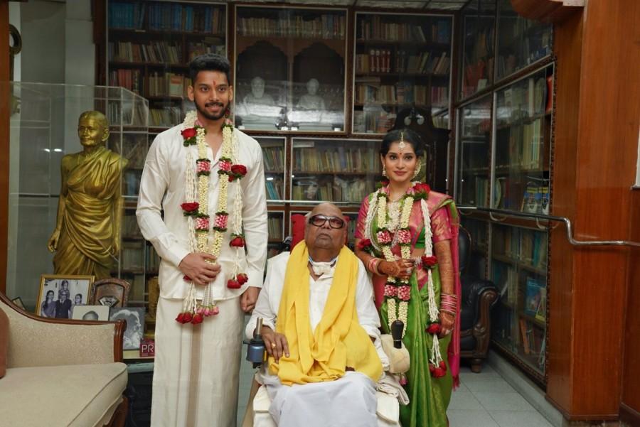 Chiyaan Vikram,Vikram,Vikram daughter Akshita,Vikram daughter Akshita wedding,Akshita weds Manu Ranjith,chiyaan daughter akshita,Vikram daughter Akshita wedding pics,Vikram daughter Akshita wedding images,Vikram daughter Akshita wedding stills,Vikram daug