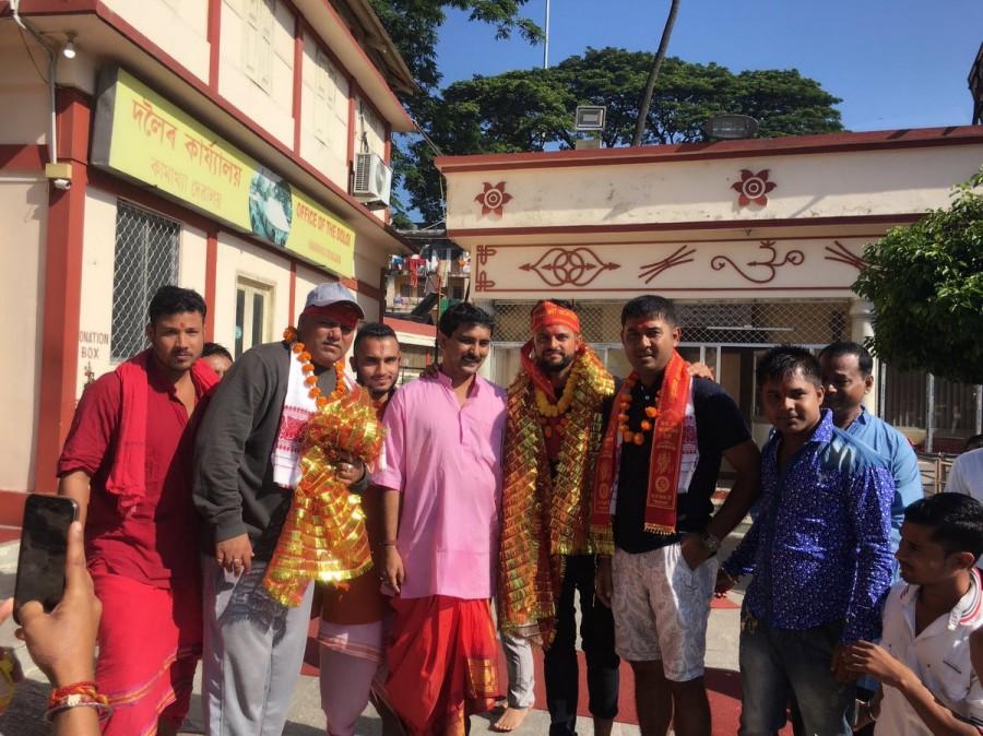 Kamakhya Devi temple,Suresh Raina,Suresh Raina visits Kamakhya Devi temple,Kamakhya Devi,Suresh Raina at Kamakhya Devi temple