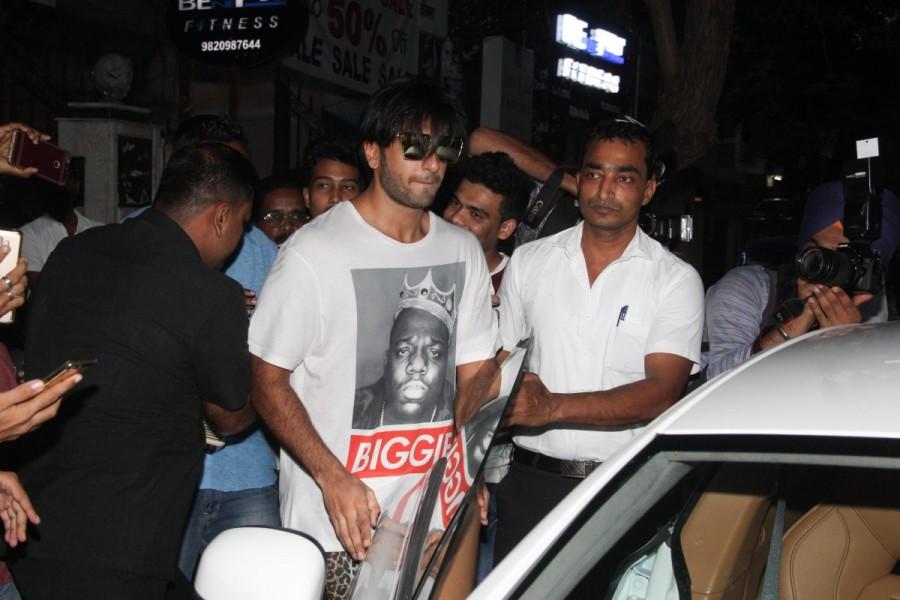Ranveer Singh,actor Ranveer Singh,Ranveer Singh Padmavati look,Ranveer Singh bids goodbye to Padmavati look,Ranveer Singh shorter hair,Ranveer Singh short hair,Padmavati,Alauddin Khilji