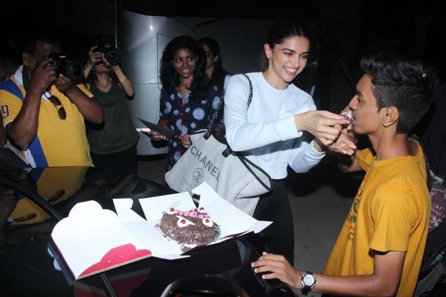 Deepika Padukone,actress Deepika Padukone,Padmavati actress Deepika Padukone,Deepika Padukone celebrates 10 Years completion,Deepika Padukone celebrates 10 Years