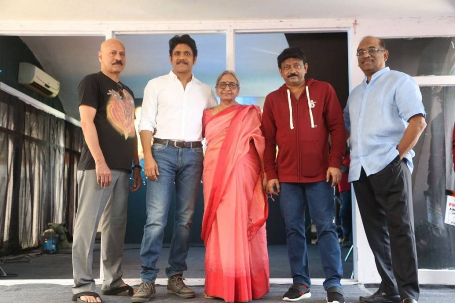 Nagarjuna-Ram Dopal Varma,Nagarjuna,Ram Gopal Varma,Ramgopal Varma's mother Suryamma,Puri Jagannadh,JD Chakravarthy,Akkineni Venkat,Supriya Yarlagadda,Umapathy Rao Kasturi,Anchor Manjusha